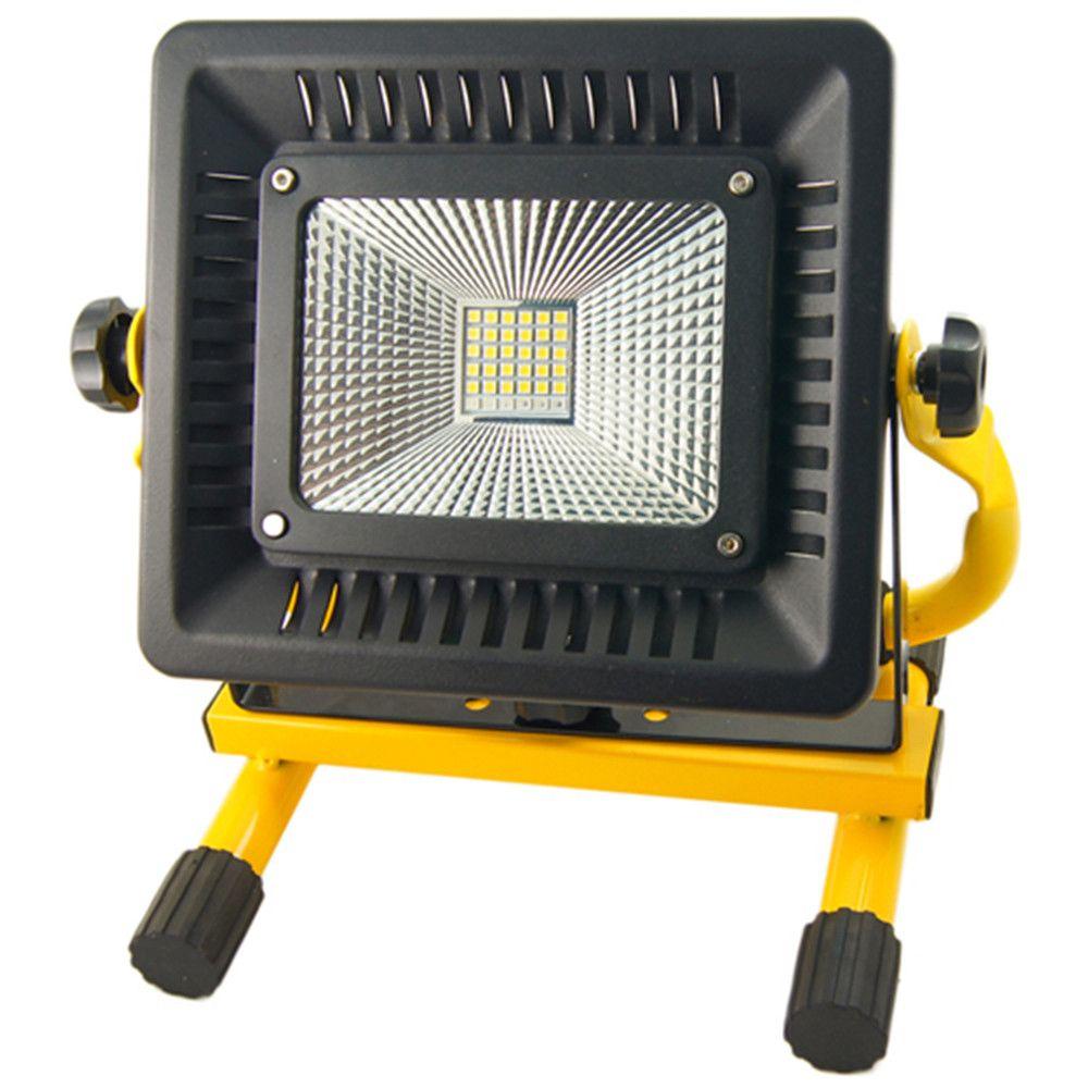 Extra fényerejű 50W Hordozható 30+6 fehér / színes Led reflektor akkumulátoros munkalámpa - W816